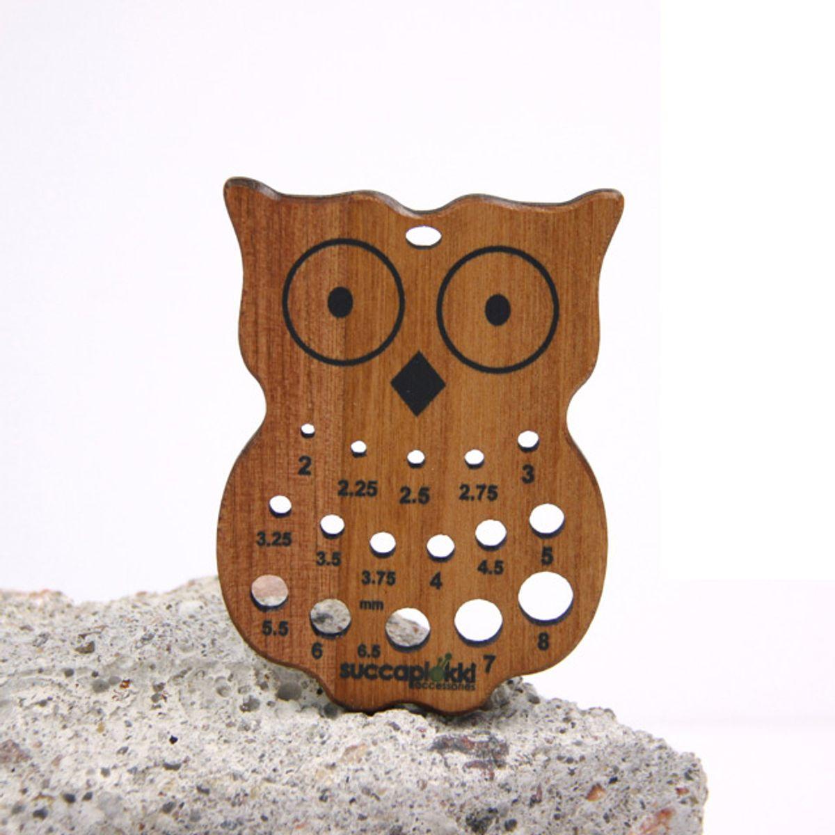 Jauge pour aiguilles à tricoter en bois recyclé - Hibou